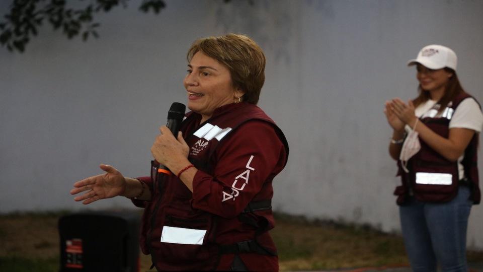 Continuarán bazares para sustento de las familias solidarenses: Laura Beristain
